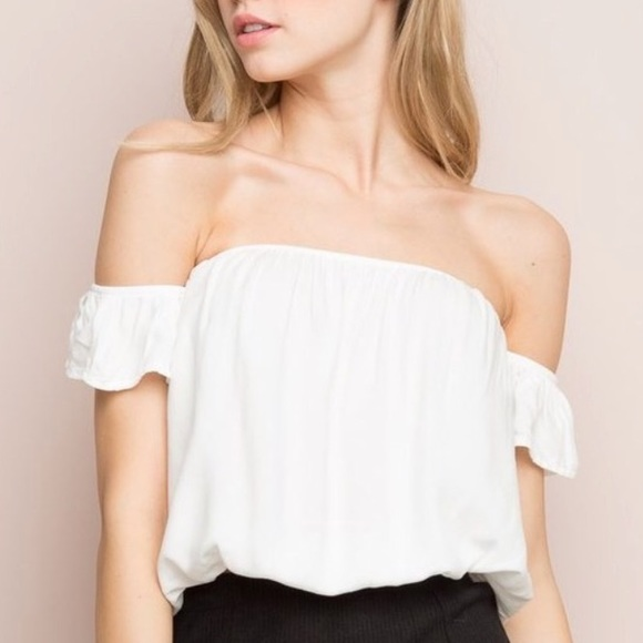 b04c6a660d2573 Brandy Melville Tops - Brandy Melville Beccah Off The Shoulder White Top